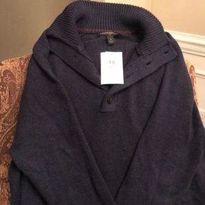 NEW WITH TAGS  Banana Republic Sweater